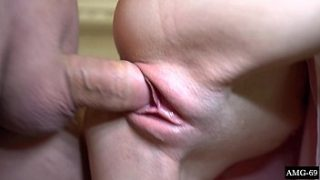 Sexy Girl Blowjob und Ficken mit StepBrother – Cum in Mouth